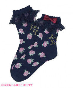 [Reservation] Petit Rose Crew Length Socks